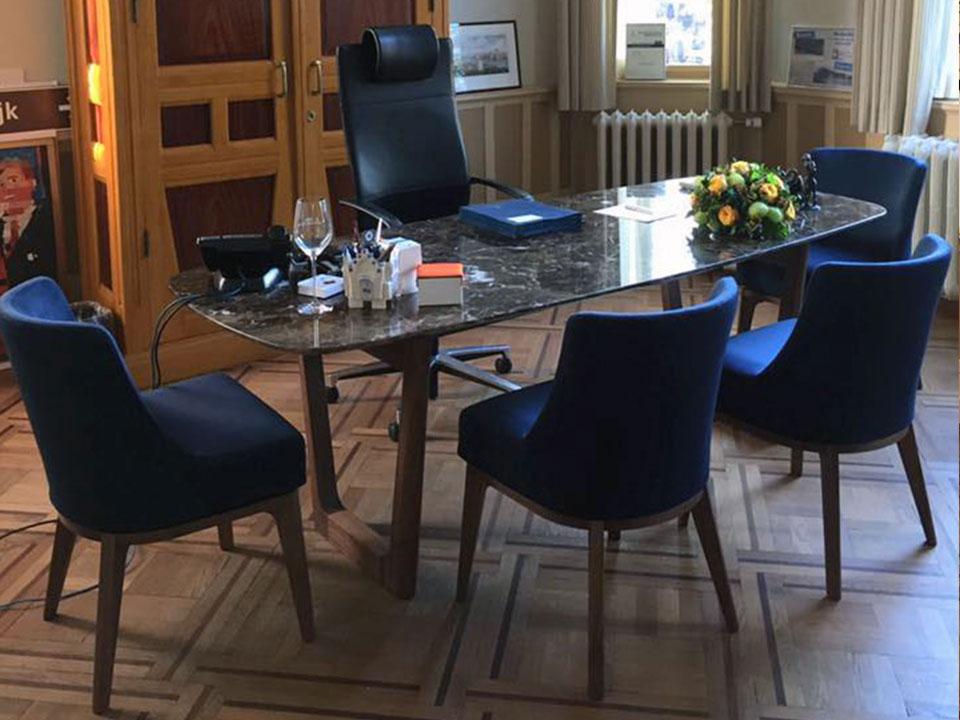 Interieur Baarn Burgemeester kamer bureau van marmer