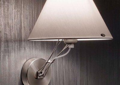 lumina-lizzy-parete